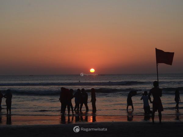 Pantai Kuta Bali Pantai Legendaris Di Pulau Dewata