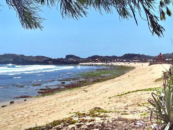 pantai krakal gunungkidul cantik eksotis penuh pesona ragamwisata rh ragamwisata com