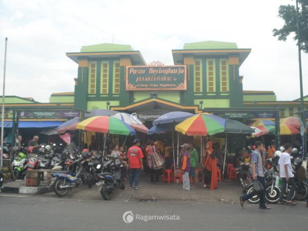 pasar beringharjo yogyakarta surga belanja bagi wisatawan hobi rh ragamwisata com