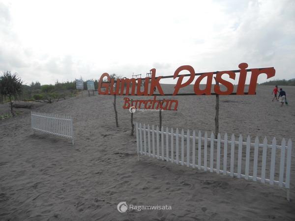 Gumuk Pasir Parangkusumo Bantul Wisata Alam Unik Di Jogja Ragamwisata